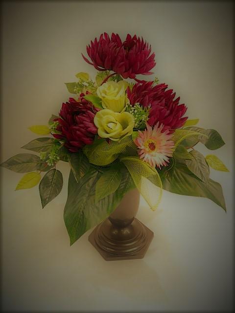 Bukiet z chryzantem, gerber i róż