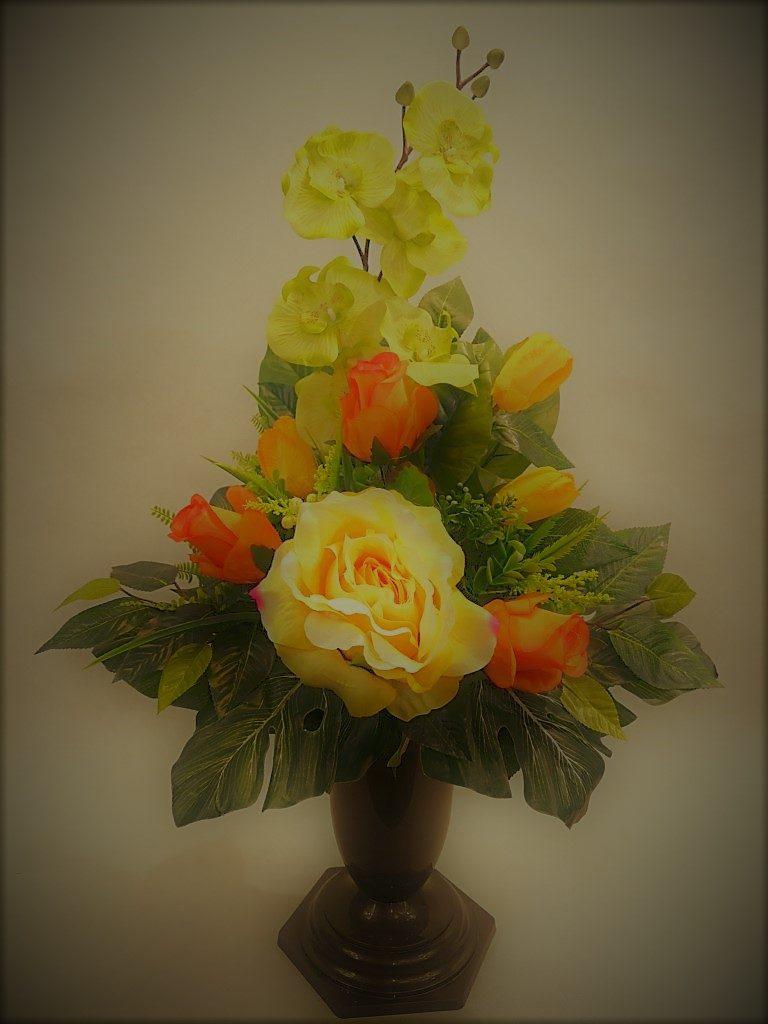 Bukiet z storczyka i róż