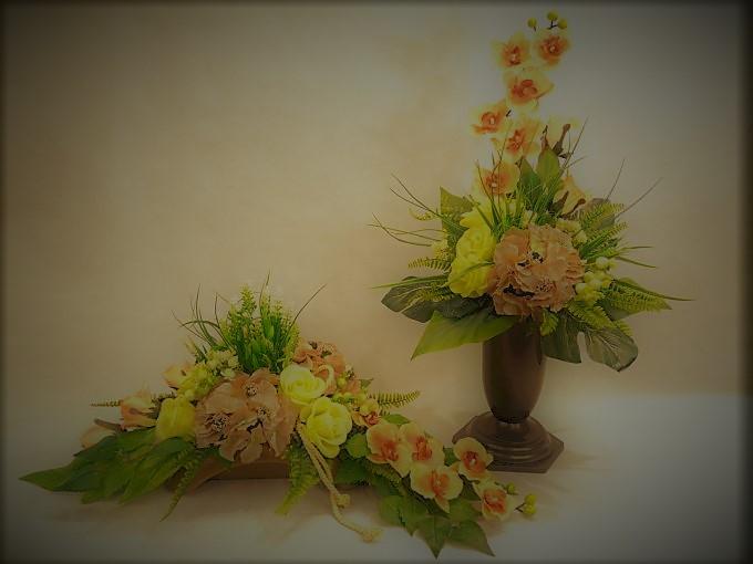 Bukiet i stroik z storczyka, hortensji i róż